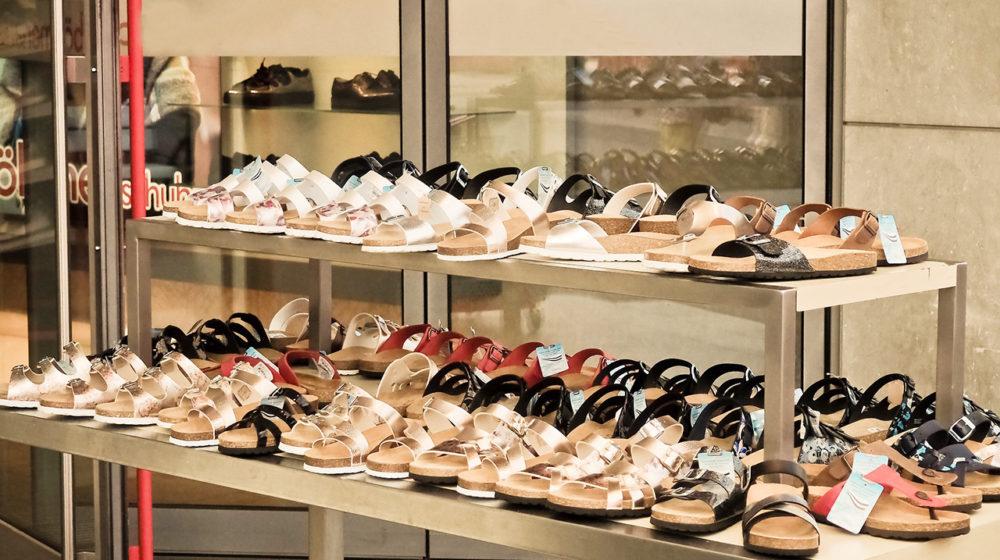 0804_shoes-3592530_1920